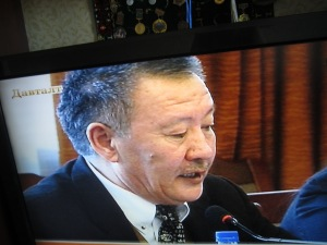 Mongolian TV broadcasts Dr.Ykhanbai's speech in the Parliament