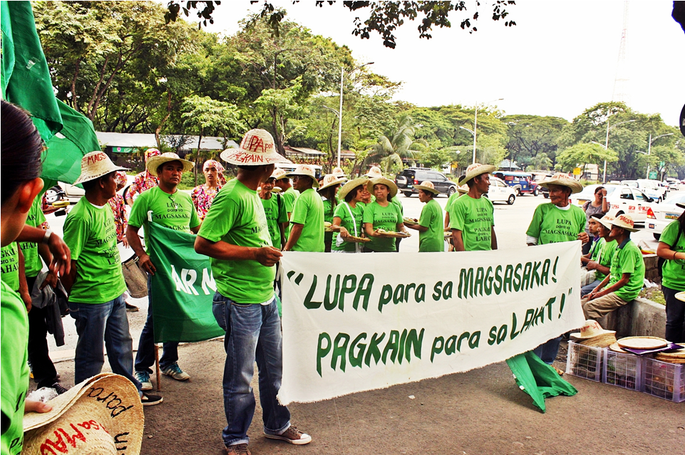 the agragarian reform Agrarian reform could be defined as the rectification of the whole system of agriculture it is normally done by the government where they redistribute the agricultural land among the farmers of the country.